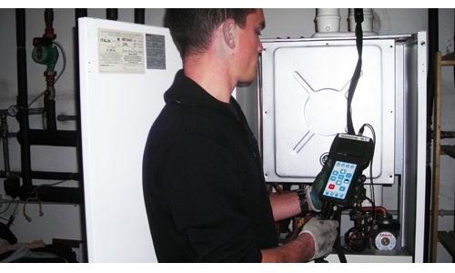Analisi fumi caldaia analisi combustione e bollino blu for Controllo fumi caldaia